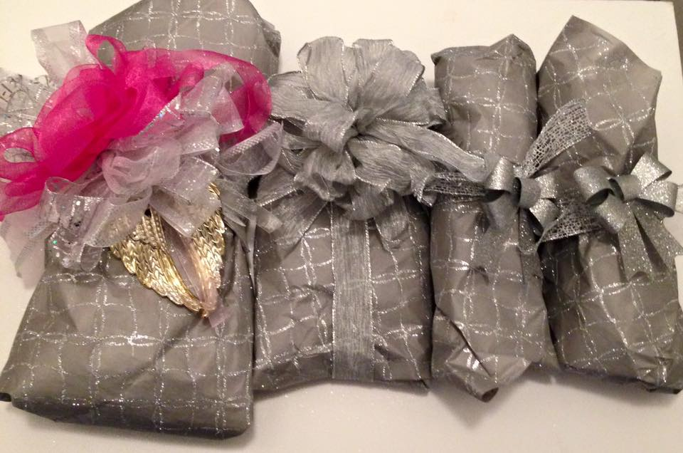 gorgeous poshmark package wrapping